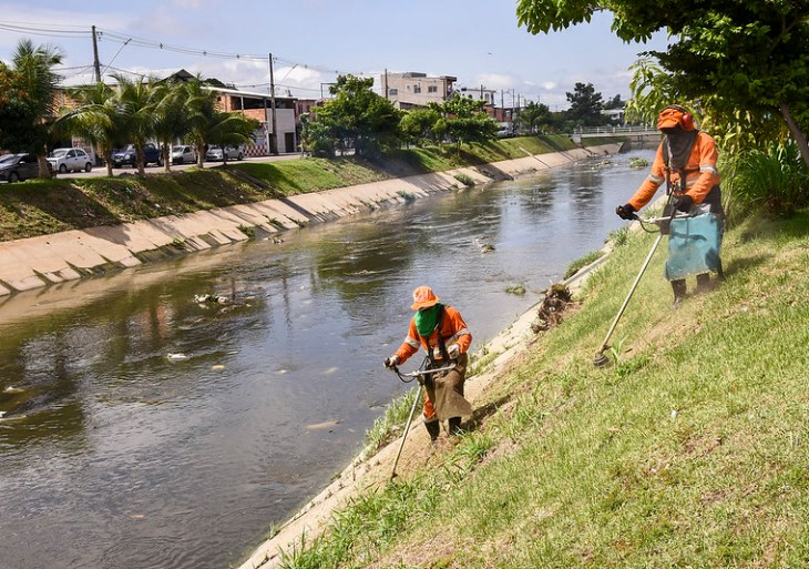 Prefeitura intensifica mutirões de limpeza em todas as zonas da cidade