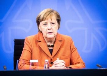 Alemanha anuncia fechamento de comércio e escolas até janeiro