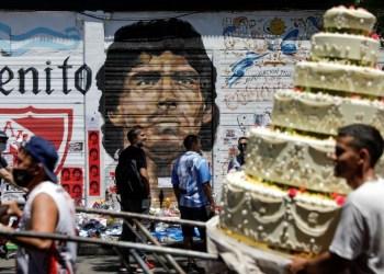Senadora propõe estampar foto de Maradona em dinheiro da Argentina