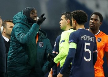 PSG e Istanbul abandonam jogo após ato racista de árbitro
