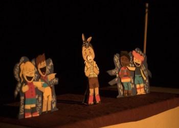 'Combo Teatro' apresenta espetáculo 'Provérbios de Burro' em Manaus
