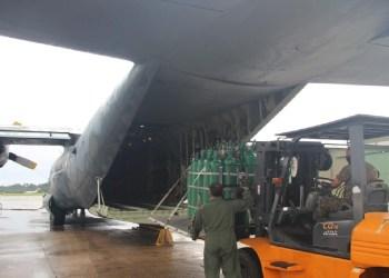Comando Conjunto Amazônia apoia no translado de cilindros de oxigênio