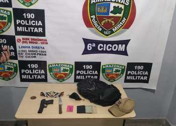 Polícia Militar detém três jovens e apreende adolescente com arma de fogo e arma branca em ônibus na Cidade Nova