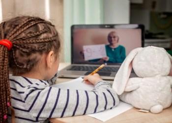 Psicóloga destaca a importância da rotina para saúde emocional de crianças e adolescentes