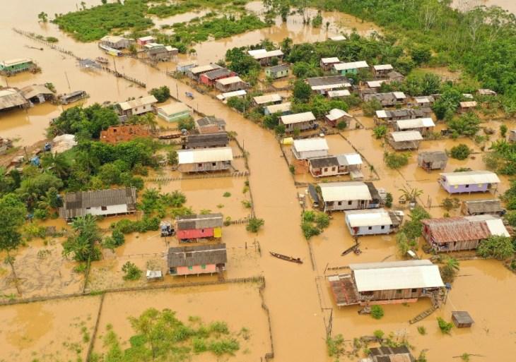 Equipe do Governo do Amazonas segue para Boca do Acre para traçar ações emergenciais de socorro às vítimas da enchente