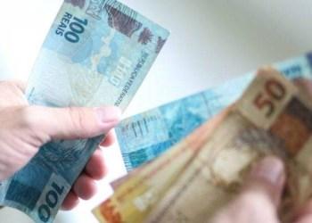 Governo Bolsonaro avalia novo modelo de aluguel social