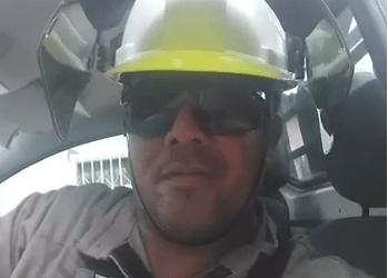 Mais um funcionário vai pegar as contas hoje (3) após ameaçar cortar luz de consumidores em Manaus