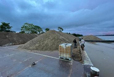 Base Arpão apreende mais de 3,6 mil metros cúbicos de seixo em Coari