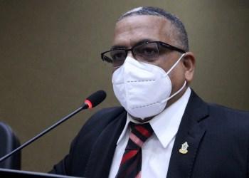 PL de Marcio Tavares determina criação de farmácia 24 horas na rede municipal de saúde