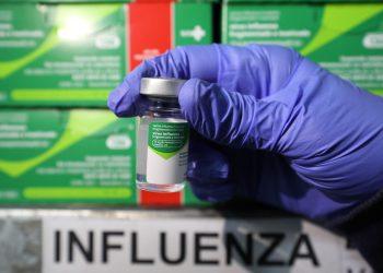 Campanha contra Influenza já distribuiu mais de 382 mil vacinas para municípios do Amazonas