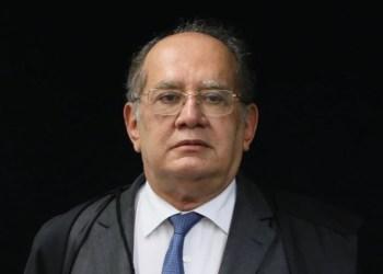 Aos 65 anos, Gilmar Mendes é vacinado contra a Covid-19