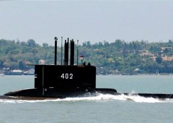 Submarino desaparece com 53 pessoas a bordo na Indonésia