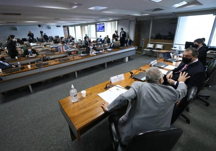 CPI da Covid convoca Queiroga e ex-ministros da Saúde a depor