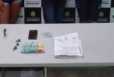 Polícia Militar detém duas mulheres e um homem com drogas no centro de Manaus