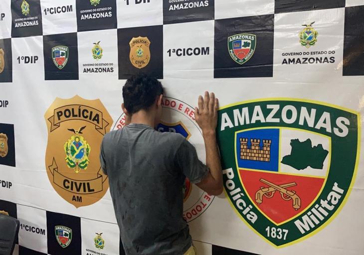 Jovem mata próprio pai após discussão por corte de cabelo em Manaus