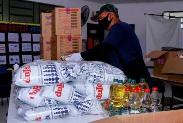Prefeitura inicia entrega de alimentos do programa 'Prato da Criança' para as escolas da zona rural