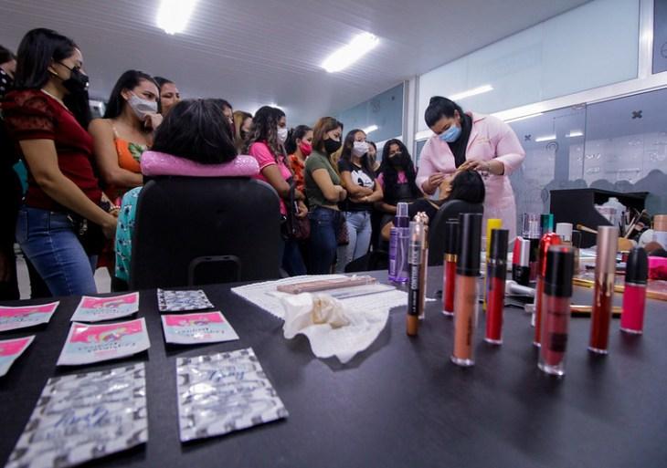 Prefeitura ofertará 160 vagas gratuitas em cursos profissionalizantes para mulheres