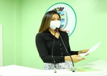 Vereadora apresenta PL para o fornecimento de absorventes para jovens e mulheres de baixa renda