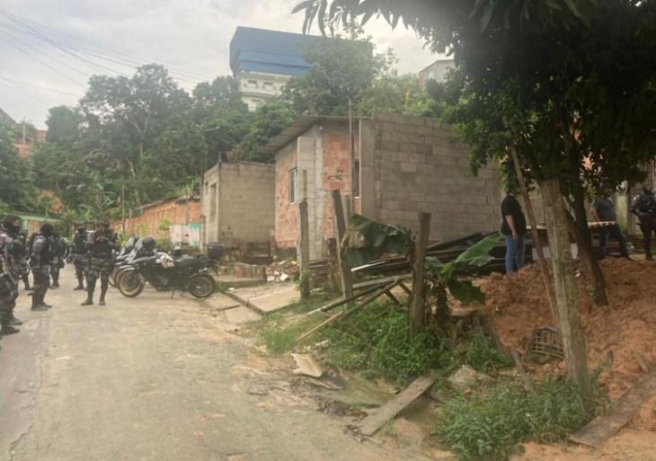 Troca de tiros com a Rocam deixa um morto em Manaus