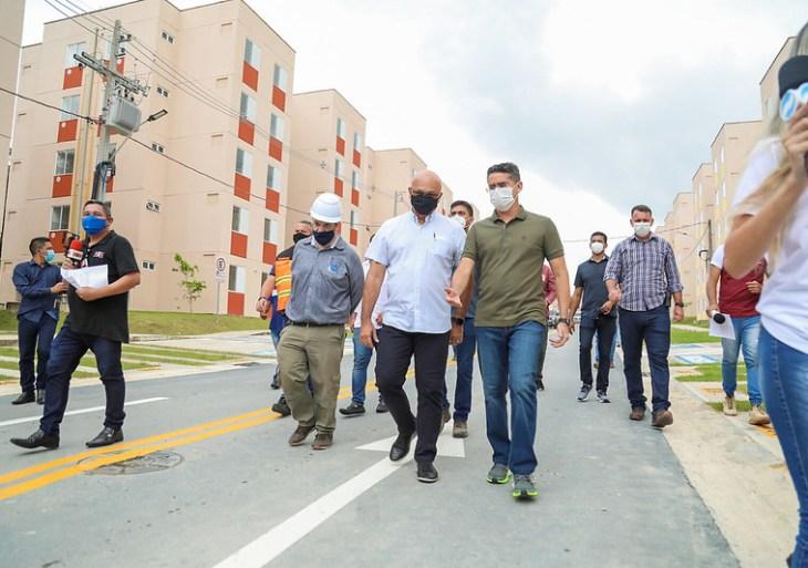 David Almeida vistoria obras do 'Cidadão Manauara 2' e anuncia entrega para o dia 16 de julho