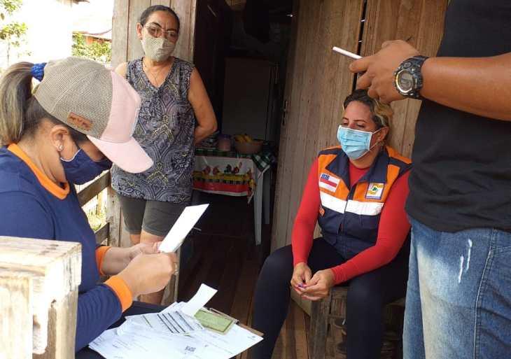 Defesa Civil do Amazonas já entregou mais de 28 mil cartões do Auxílio Estadual Enchente para famílias de 16 municípios
