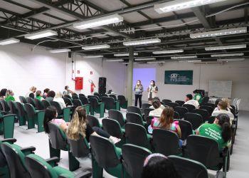 Governo do Amazonas realiza treinamento de servidores da FVS-AM para atuação nos postos de vacinação
