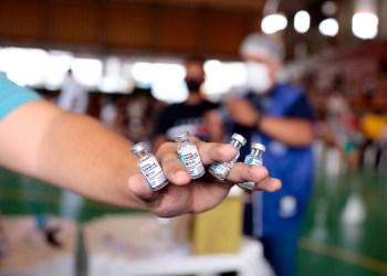 Postos de vacinação contra a Covid-19 não funcionarão nesta segunda-feira em Manaus