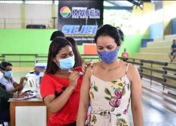 Mais de 64% da população de 18 anos em Maués está vacinada contra Covid-19