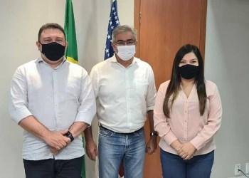 Prefeito de Autazes anuncia a retomada das obras de recuperação da malha viária e ramais do município