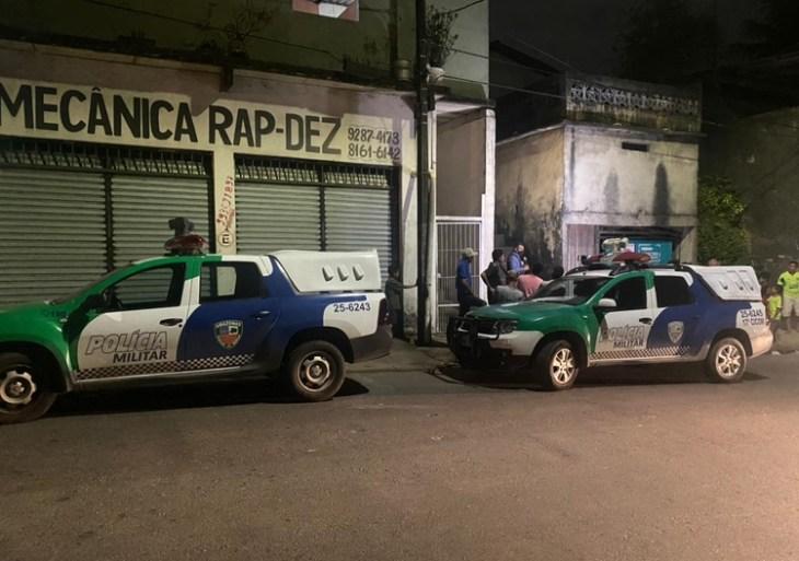 Pai é morto e mãe esfaqueada após surto de jovem em Manaus