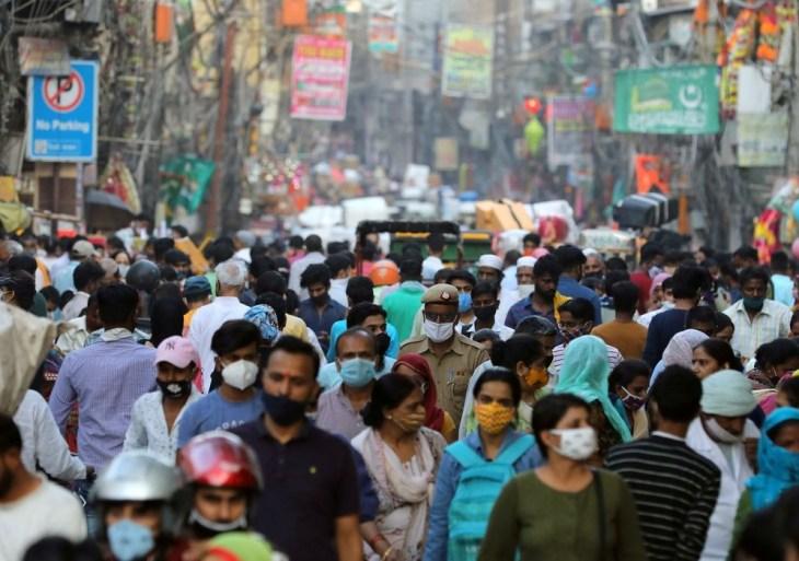 Fraudes na venda de vacinas podem ter atingido milhares de indianos