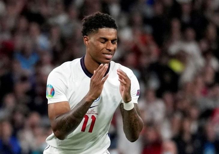Polícia realiza 4 prisões após ofensas racistas a jogadores ingleses