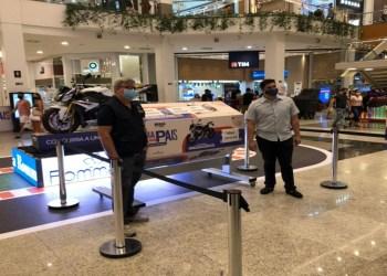 Shopping anuncia ganhadora da moto BMW na campanha de Dia dos Pais