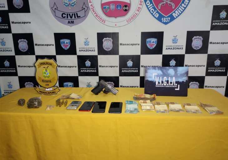 PC-AM prende grupo em posse de armas de fogo, munições, entorpecentes e cerca de R$ 2 mil, em Manacapuru