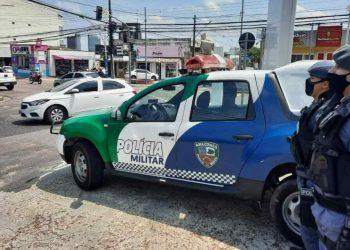 Atentado: Adolescente é morta e amigo fica ferido em avenida de Manaus