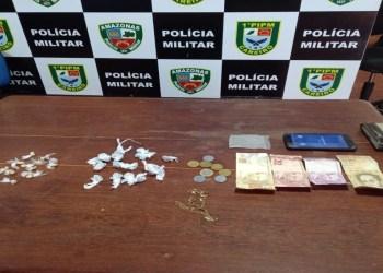 Em Careiro, PM prende homem e apreende adolescente por tráfico de drogas