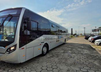 Prefeitura faz teste de novo modelo de ônibus em linha temporária