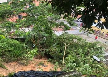 Casa desaba no Campo Dourado na zona Norte de Manaus