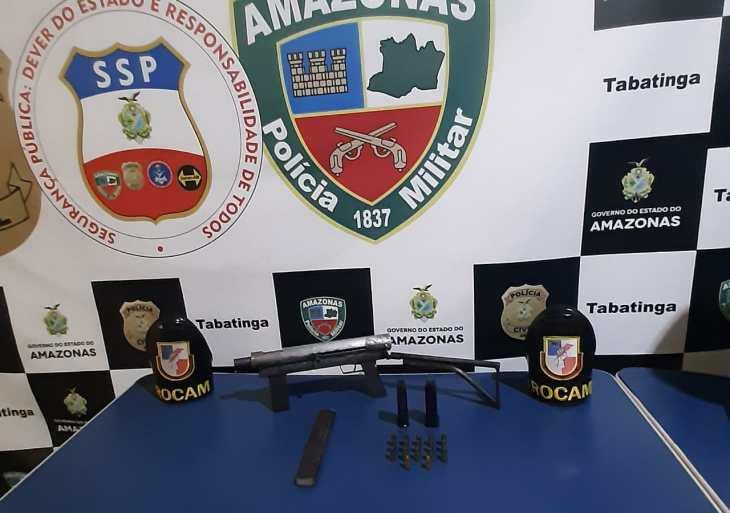 Durante operação Hórus,Rocamprende homem e apreendesubmetralhadorae munições em Tabatinga