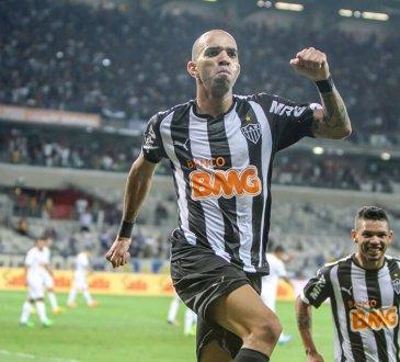 Diego Tardelli está esperando o Atlético-MG passar na Libertadores