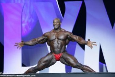 ronnie-coleman-doing-the-split