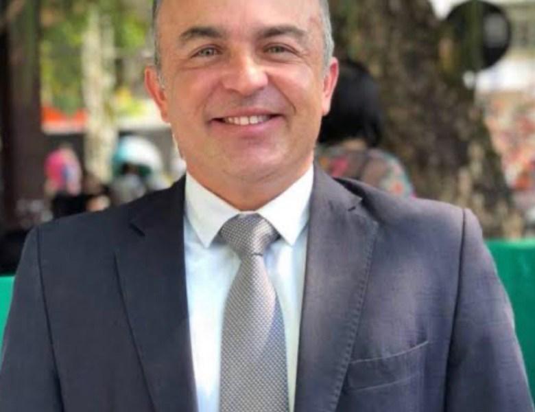 Giordano Jordão, ex-controlador-geral do Estado, comprova ter apenas um vínculo empregatício