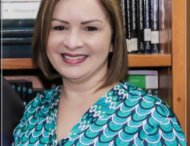 No Dia dos Professores prefeita Socorro Neri lança edital de concurso público para contratação de quase 600 profissionais