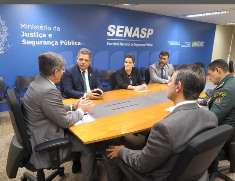Com Ulisses Araújo ao lado, Rocha é aconselhado pelo secretário nacional a pedir ajuda de segurança privada