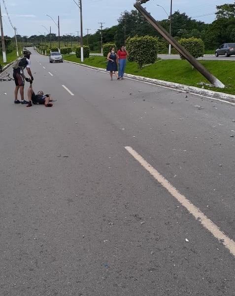 Acidente grave atinge ciclista na estrada do aeroporto