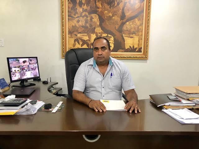 Presidente da Câmara de Cruzeiro do Sul afirma que está à disposição para assumir a prefeitura após notificação da Justiça