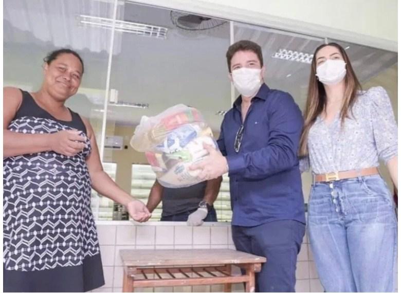 Polícia Civil faz operação para apurar  compra de sacolões superfaturados pela Educação