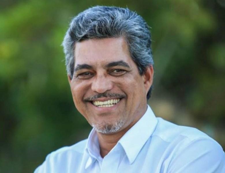 Edvaldo volta a defender a contratação de médicos brasileiros formados no exterior que atuaram no Mais Médicos