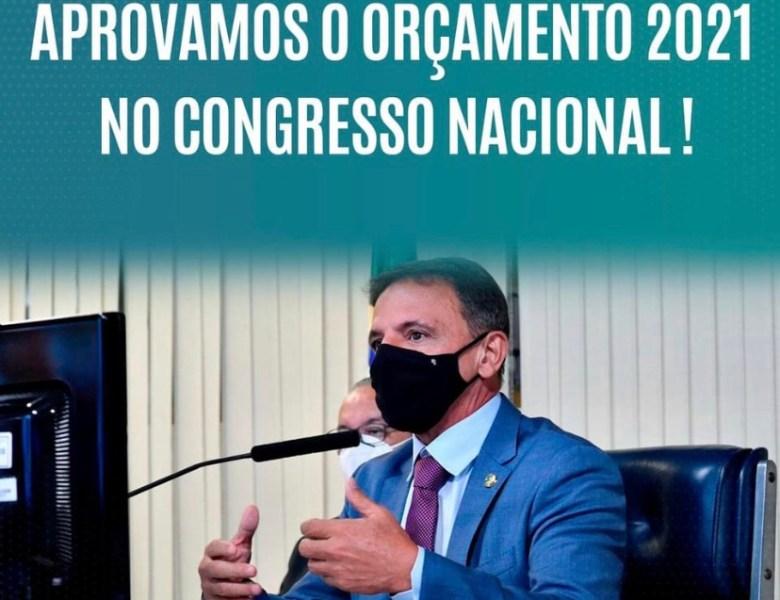 Marcio Bittar comunica a Bolsonaro o corte de R$ 10 bilhões no Orçamento, mas Rodrigo Maia diz que é necessário  cortar mais  R$ 25 bi