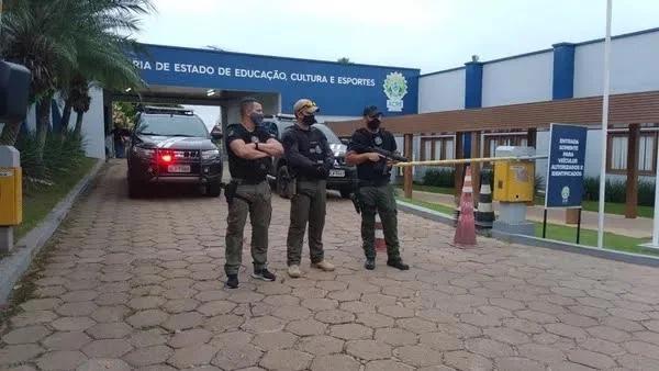 TV Espinhosa – Governo enterra CPI da Educação, mas não mata investigações da roubalheira envolvendo recursos federais
